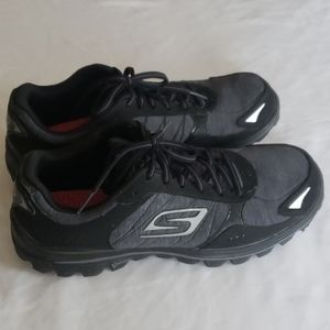 Skechers Women's Lightweight Sneakers. Size:10.